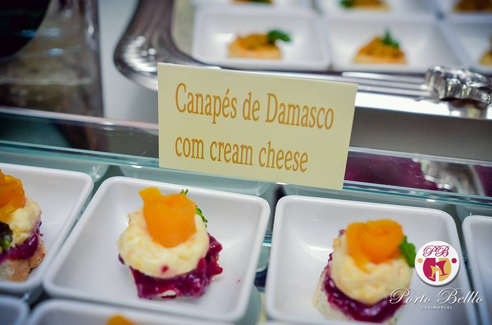 canapes-de-damasco-com-cream-cheese